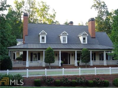 Roswell Single Family Home For Sale: 4167 Chimney Hts