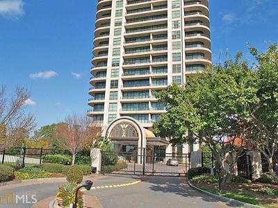 Park Avenue Condo/Townhouse For Sale: 750 Park Ave #21S