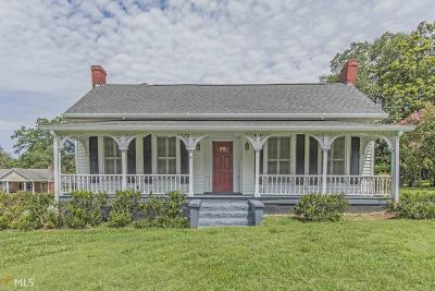Madison Single Family Home For Sale: 689 S Main St