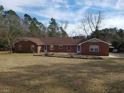 Single Family Home For Sale: 104 Cork Pond Rd