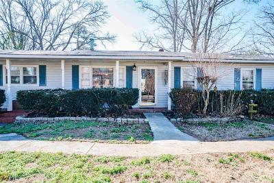Gainesville Single Family Home New: 219 Sky View Dr