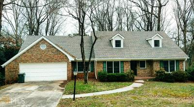 Sandy Springs Single Family Home For Sale: 795 Spalding Dr
