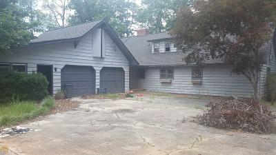 Buford Single Family Home For Sale: 3101 Thompson Mill Rd