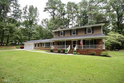Snellville Single Family Home For Sale: 1966 Crescent Dr
