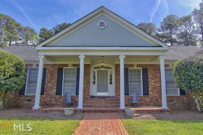 Covington Single Family Home For Sale: 54 Meadow Ln