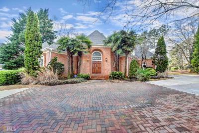 Single Family Home For Sale: 9320 Tailey Cir