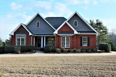Winder Single Family Home For Sale: 527 Belaire Dr
