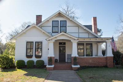 Single Family Home For Sale: 500 Spring St