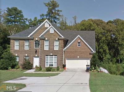 Lithonia Single Family Home Under Contract: 3712 Hollow Oak Ln