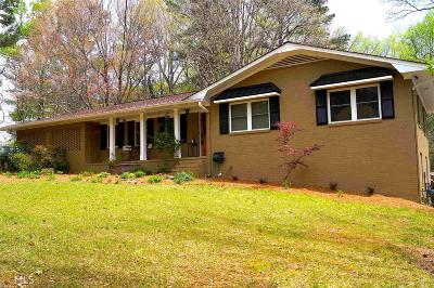Cobb County Single Family Home For Sale: 4840 Old Mountain Park Rd