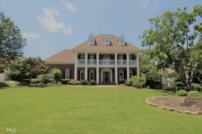 Single Family Home For Sale: 230 W Smoketree Ter