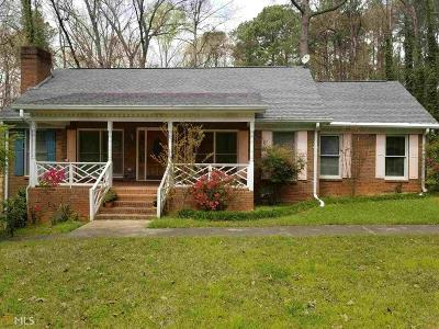 Conyers Single Family Home For Sale: 722 SE Cowan Rd