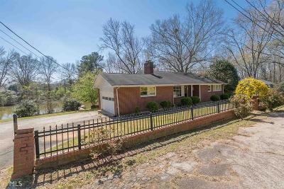 Madison Single Family Home For Sale: 672 Hendrix Ln