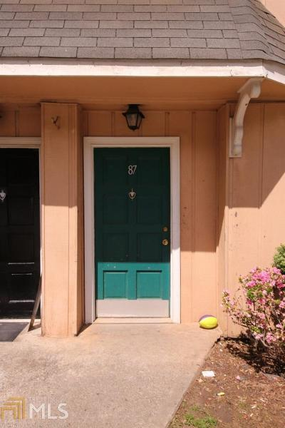 Norcross Condo/Townhouse For Sale: 2340 Beaver Ruin Rd #87