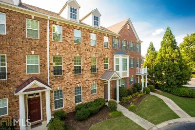 Condo/Townhouse New: 10527 Holliwell Ct
