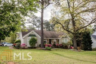 Conyers GA Single Family Home Under Contract: $180,000