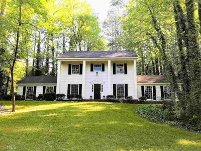 Lagrange Single Family Home For Sale: 845 Piney Woods Dr