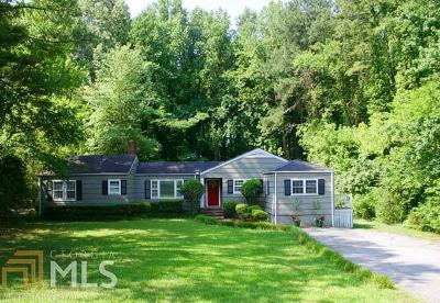 Single Family Home For Sale: 1419 Lavista Rd
