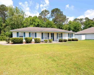 Camden County Single Family Home New: 202 Old Pond Dr W
