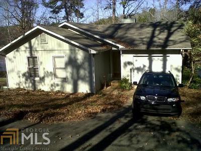 Martin Single Family Home For Sale: 250 River Ridge Rd