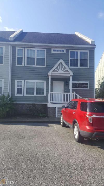 Statesboro Condo/Townhouse For Sale: 4988 Burkhalter #200