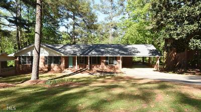 Fulton County Single Family Home For Sale: 4204 Williamsburg Dr