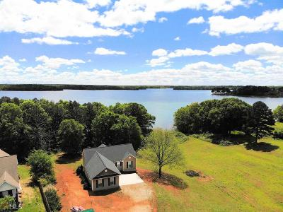 Townville Single Family Home For Sale: 102 N Windy Point