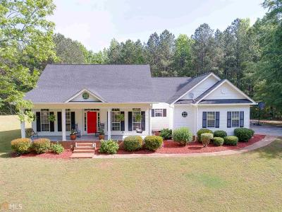 Butts County Single Family Home For Sale: 638 Paul Maddox Rd