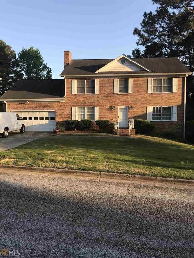Lithonia Single Family Home For Sale: 6363 Phillips Pl
