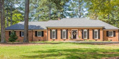 Monroe, Social Circle, Loganville Single Family Home For Sale: 945 Poplar St