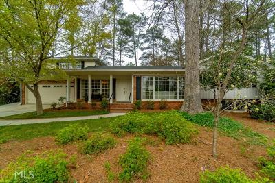 Dekalb County Single Family Home For Sale: 2384 Burnt Creek Rd