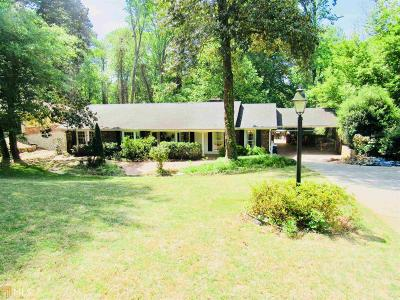 Fulton County Single Family Home For Sale: 475 Forest Hills Dr