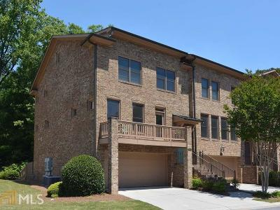 Dekalb County Condo/Townhouse For Sale: 3148 Chestnut Woods Dr
