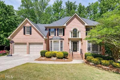 Alpharetta Single Family Home For Sale: 120 Park Brooke Ct