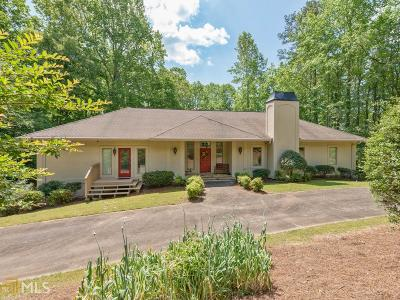 Hall County Single Family Home For Sale: 5465 Little River Cir