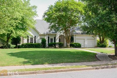 Duluth Single Family Home For Sale: 10585 Branham Fields Rd