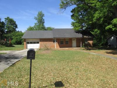 Monroe Single Family Home Under Contract: 508 Chestnut Ln