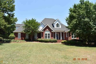 Single Family Home For Sale: 1311 Knob Creek Dr