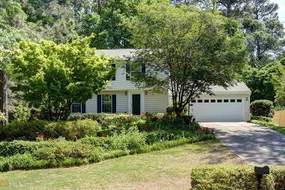 Roswell Single Family Home New: 9695 N Pond Cir