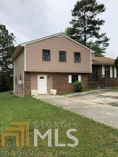 Clayton County Single Family Home Back On Market: 813 Excalibur Dr