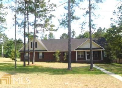 Statesboro Single Family Home New: 806 King Arthur Dr
