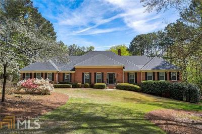 Johns Creek Single Family Home For Sale: 105 Bellacree Rd