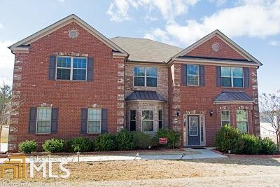 Hampton Single Family Home For Sale: 300 Levi Ct