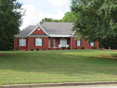 Oxford Single Family Home Under Contract: 135 Whipporwill Dr