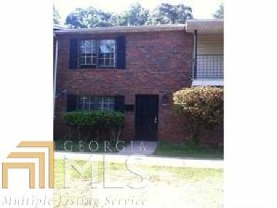 Dekalb County Condo/Townhouse For Sale: 1921 Whitehall Forest Ct
