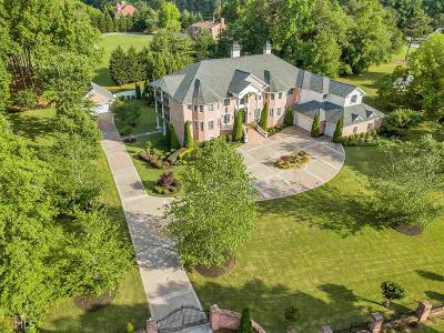 Buford Single Family Home For Sale: 3248 Camp Branch Rd