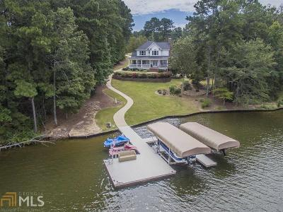 Greensboro Single Family Home For Sale: 1010 North Shore Ct