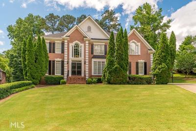 Roswell Single Family Home For Sale: 460 Bircham Way