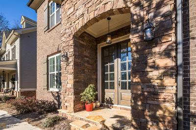 Single Family Home For Sale: 211 Saddle Rd