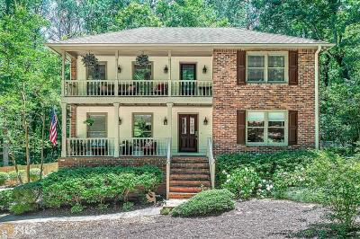 Roswell Single Family Home New: 390 Waverly Hall Cir